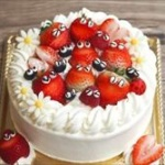 ケーキを兄妹で3等分したんだが妹と弟から大ブーイングを食らってる、助けてくれ