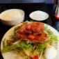まさとよランチ🎵 豚バラステーキサラダに白飯を添えて定食風に...