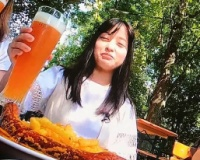 【悲報】橋本環奈さん、誰の家でも平気で泊まる女だった