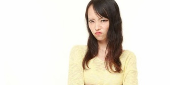 兄の後妻がいかにも汚ギャルって感じで好きになれない。兄から嫁いびりがどうとか言われるけどいびってるんじゃなくて関わりたくないだけ