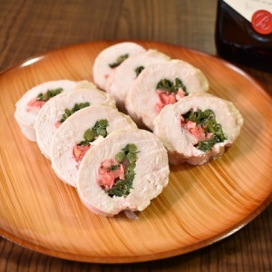 風味がしっかり♪鶏むね肉のニラ生姜ロール