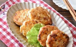 鶏ひき肉で作るさっぱりハンバーグ