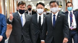 【韓国】米韓共同記者会見、米国の要請で突然キャンセル…エスパー国防長官の決定により取り消し