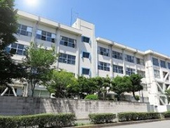 日本の公立高校に通う在日韓国人の30%以上がアレだった!!!! マスコミの反日本人報道がヒートアップ!!!
