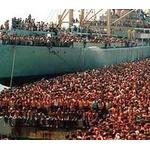 英国「移民を受け入れないと日本のようになる」