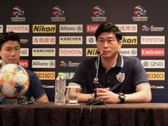 浦和に敗れACL敗退した韓国の蔚山・キムドフン監督の試合前と試合後・・・w