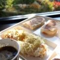 サフランで朝食