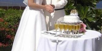 義兄夫婦が結婚20周年で当時できなかった結婚式を挙げる予定だったけど中止になった。私は知らなかったがゾッとするサプライズもあったみたい