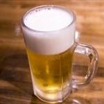 鳥貴族にて俺「あ、ビール注文してくれる」新人女「ガブっ!!」俺「いてぇ!」