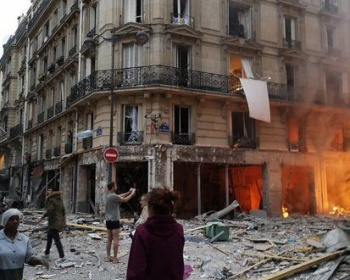 【パリ爆発】原因はパン屋のガス漏れ? 現場がヤバイ(動画・画像あり)