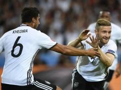 <EURO2016>【 ドイツ×ウクライナ 】前半終了!ドイツがムスタフィのゴールで先制!1-0でドイツがリード!