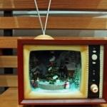 ばあちゃん「じいちゃんが新しいの買ったから前のテレビあげる」ぼく「うわあああああでけえええええ」
