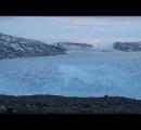 重量100億トン超! 巨大氷山が崩れ落ちる瞬間をカメラがとらえた(動画あり)