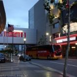 『ロサンゼルス旅行記8 ホテルの出待ちをしてデロン・ウィリアムスとダーク・ノビツキーにサインを貰った話』の画像