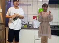 はじめしゃちょー「小栗有以ちゃんと一緒に踊ってみました!」