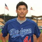 斎藤隆(36)「もう年だし最後にメジャーで思い出作りするか…」