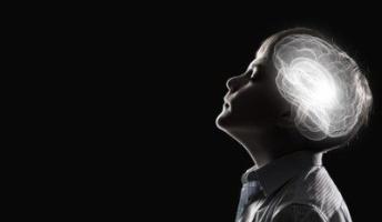 生まれつき全く音が聞こえない人ってどうやって思考してるの?