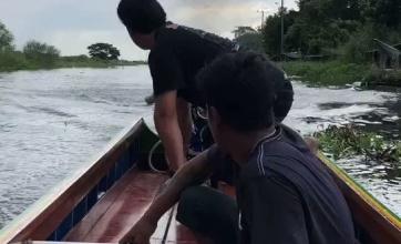 【なにこれ】魔改造したボートで高速移動する2人が話題に