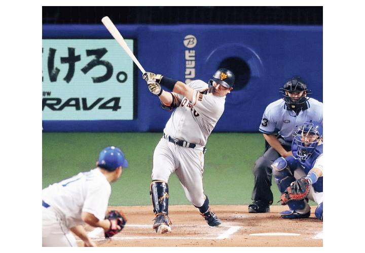 巨人・阿部慎之助  .314  5本  23打点  出塁率.407  長打率.514  OPS.921  得点圏.326