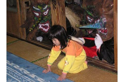 【行事】子供を四つんばいにして餅を運ばせる行事があるらしいのサムネイル画像