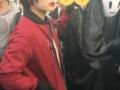 【悲報】渋谷ハロウィンに欅坂のコスプレ集団が出没 (画像あり)