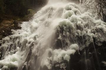 氷瀑を見るために御船の滝へ【2013】