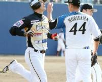 【ゲンダイ】西岡は仮に4タコが4打席連続ホームランだったとしても、取る球団はない。