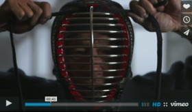 【日本の武道】   剣道の 心を動かさない「不動心」の技術についての動画。   絵画の反応