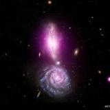 4億5千万光年先の絶景 2つの銀河衝突の画像公開 NASA