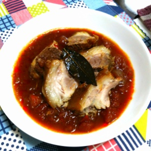 豚ちまき肉のトマト煮込み