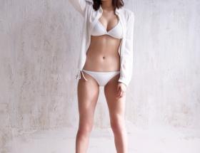 久松郁実とかいうデカパイ女ってそんなに人気なの?