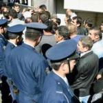 日本クルド文化協会「日本人に迷惑を掛けたことをおわびしたい」 トルコ大使館前乱闘事件について謝罪