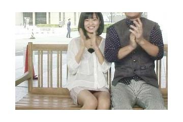 小島瑠璃子のエッチに見せちゃうパンティー