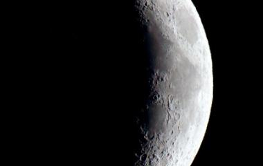 『月齢4.8のお月様』の画像