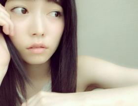 【悲報】島崎遥香さん前髪を適当に切りすぎる
