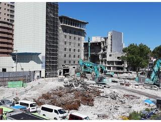 【旧宝塚ホテル跡地】ホームから解体現場を見ていたら…