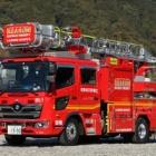 『岩国地区消防組合 15m級はしご車』の画像
