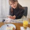 AKB48峯岸みなみ、金欠で後輩小嶋真子に食事代をタカる