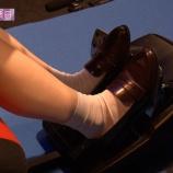『【乃木坂46】アクセルを踏むときの岩本蓮加の美脚が!!!!!!』の画像