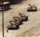 消息不明だった天安門事件の「戦車男」が近く出所か。香港紙が友人の証言を報道