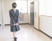 【画像】男子高校生さん、制服はスカートを選択してしまうwwwwwwwwwwwwww