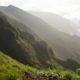 『朝の山の風景』の画像