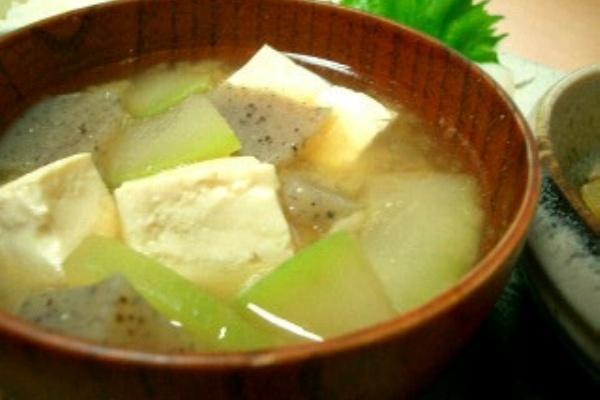 冬瓜 の 味噌汁
