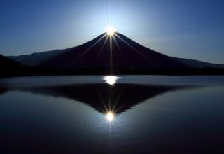 【画像あり】ダイヤモンド富士見に行ってきたお