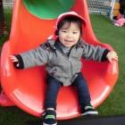 『ほし組さん(0歳児クラス) 園庭遊びのようす』の画像