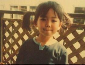 元HKT菅本裕子さんが幼い頃の写真を公開
