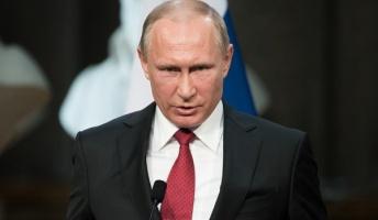 プーチン大統領は別人に入れ替わっている…「ある日家に帰ってきた夫は完全な別人だった」