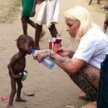 『思いやりの力:見捨てられ餓死寸前だった男の子』の画像
