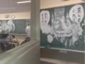 【画像】黒板のラクガキのクオリティが高すぎる件wwwwww