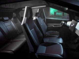 【雑記】 テスラの新型電気自動車サイバートラックの見た目がヤバすぎる!